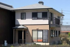 【三重県伊賀市】外壁張り替え・外壁塗装|サイディング壁を張替え後、20年持つガイナで塗装