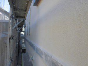 奈良県橿原市 モルタル外壁に下塗り4