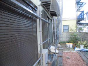 奈良県橿原市 雨戸塗装 上塗り塗装4