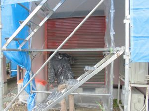 奈良県橿原市 長持ちする雨戸塗装には錆び止め塗装が必要