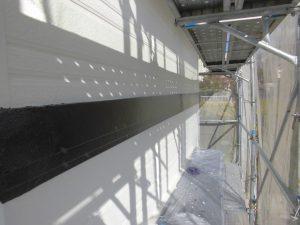 橿原市 幕板(モール)塗装2