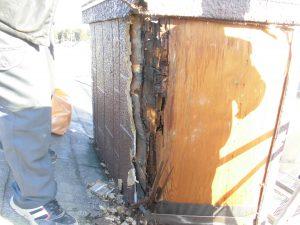 三重県名張市 雨漏りしている煙突を解体2
