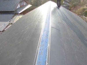 奈良県吉野郡 超軽量ガルバリウムで屋根のカバー工法工事