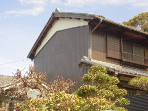 奈良県桜井市 外壁カバー工法工事 プリント鋼板張る 完成