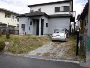 【駐車場を1台から2台分置ける工事・外構工事】三重県名張市S様邸 駐車場工事の詳細です。