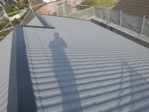 三重県名張市 屋根ガイナ塗装上塗り7