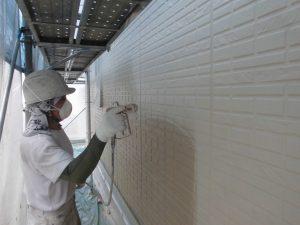 【外壁塗装,外壁修理】奈良県宇陀市S様邸 外壁塗り替え 中塗り塗装(2回目)と上塗り塗装(3回目)