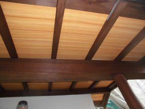 奈良県宇陀市U様 外壁塗装 玄関の木部塗装完成