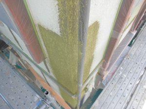 三重県名張市 外壁にスタッコ柄を吹きつけ塗装3