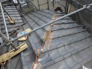 【屋根修理,瓦修理,雨漏り修理】奈良県宇陀市M様邸 棟瓦の積みなおしと漆喰(しっくい)工事(1階の瓦)