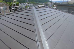 宇陀市 既存の屋根に重ねる屋根カバー工法リフォーム工事