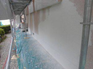 香芝市 外壁下塗り1