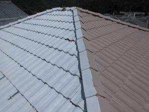 奈良県宇陀市 遮熱と断熱効果のガイナを屋根瓦に塗装