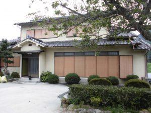 奈良県宇陀市 30年以上長持ちシーリング材で雨漏り修理