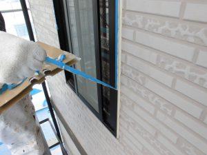 奈良県橿原市h様 外壁サイディング壁 養生テープ剥がす