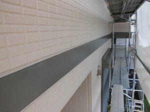 【外壁塗装,外壁修理】奈良県宇陀市S様邸 外壁塗り替え 幕板(モール)と玄関の軒裏天井の塗装、完成写真