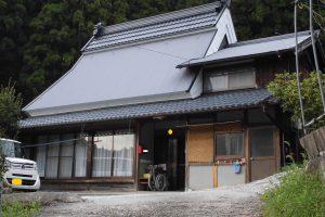【屋根重ね葺き,屋根工事】奈良県宇陀市S様 ガルバリウム波板の屋根重ね葺き工事