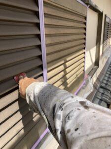 三重県名張市 雨戸塗装2