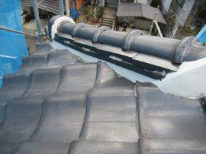 奈良県宇陀市 雨漏り防止に屋根瓦の漆喰塗りと谷板金交換