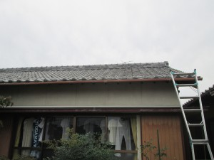 【屋根工事・屋根リフォーム・屋根修理】三重県津市S様邸 屋根工事始まりました。