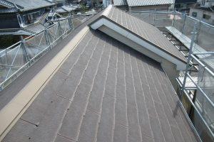 【奈良県橿原市】屋根リフォーム|今のスレート屋根にガルバリウム鋼板を重ねるカバー工法リフォーム