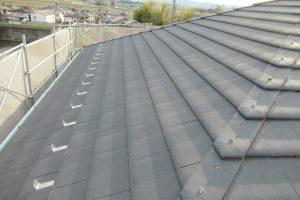 名張市 セメント屋根瓦にシリコン塗料で塗装リフォーム