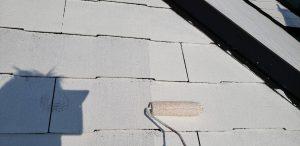 橿原市 屋根塗装で長持ちさせる丁寧な下塗り塗装
