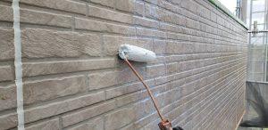 橿原市 長持ちする外壁塗装リフォームには下塗り2回