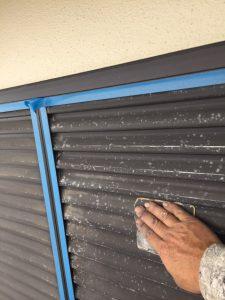 奈良市N様 雨戸塗装前の下地調整