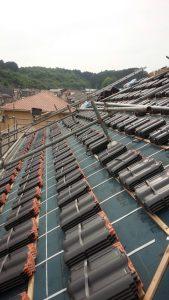 【屋根工事,屋根葺き替え,瓦工事】奈良県宇陀市T様邸 大屋根から瓦を葺いていきます。(三州野安のセラマウント)
