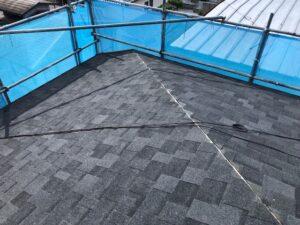 【三重県伊賀市】屋根リフォーム|今のスレート屋根に軽量屋根材リッジウェイを重ねる