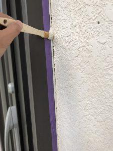 奈良県橿原市 外壁修理 プライマー塗る2