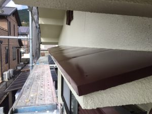 奈良県宇陀市I様 庇の上塗り塗装3