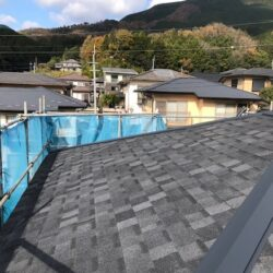 【三重県伊賀市】屋根リフォーム|今の屋根の上に軽量屋根材リッジウェイを重ねる