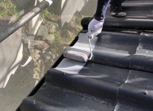 奈良県吉野郡O様 耐用年数20年のガイナを屋根瓦に塗装
