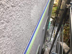 奈良県橿原市 シーリング前の養生テープ張り1