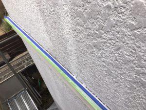 奈良県橿原市 シーリング前の養生テープ張り2