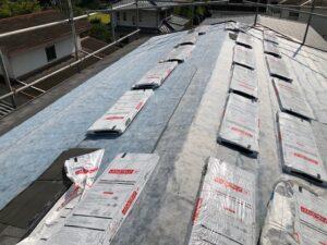 【三重県名張市】屋根リフォーム|今の屋根に軽量屋根材リッジウェイを重ねる