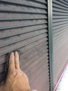【三重県伊賀市】外壁塗装|業者が言わない!外壁や屋根よりも雨戸の塗装が長持ちしない理由