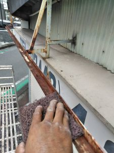 奈良県橿原市M様駐車場シャッター塗装