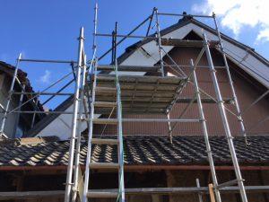 名張市 ガルバリウム屋根を張る下地造りと雨漏り修理工事