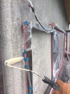 橿原市 ボロボロ落ちてくる外壁に下塗りはシーラーで塗装