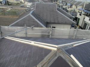 【屋根工事・屋根修理・屋根リフォーム・雨漏り修理】奈良県北葛城郡広陵町U様邸 屋根の重ね葺き工事の続きです。