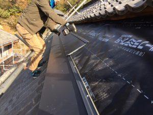 ガルバリウム鋼板 横段ルーフαSを張る3