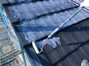 ローラーで手塗り3|屋根塗装 奈良県宇陀市