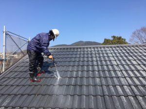 三重県名張市 屋根洗浄1
