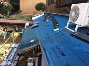 奈良県桜井市 屋根工事 防水シートを張る