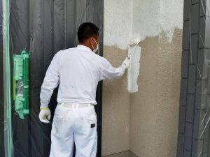 橿原市 安くて長持ちさせるため下塗りを2回も外壁に塗装