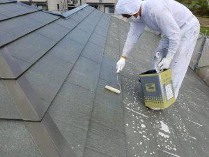 名張市 屋根塗装下塗り2