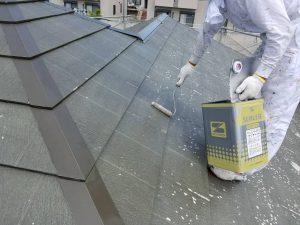 名張市 屋根塗装下塗り1